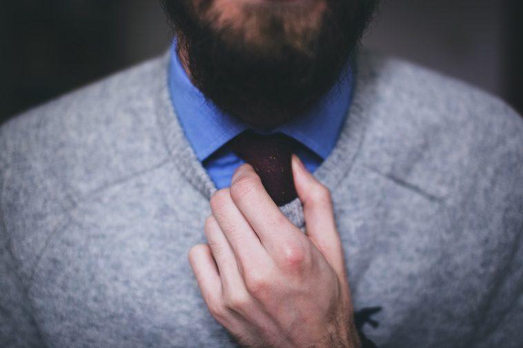 comment-porter-et-nouer-sa-cravate