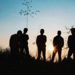 Les colonies de vacances idéales pour les jeunes de 18 à 25 ans